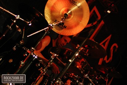 Andreas Lill rocking the drums